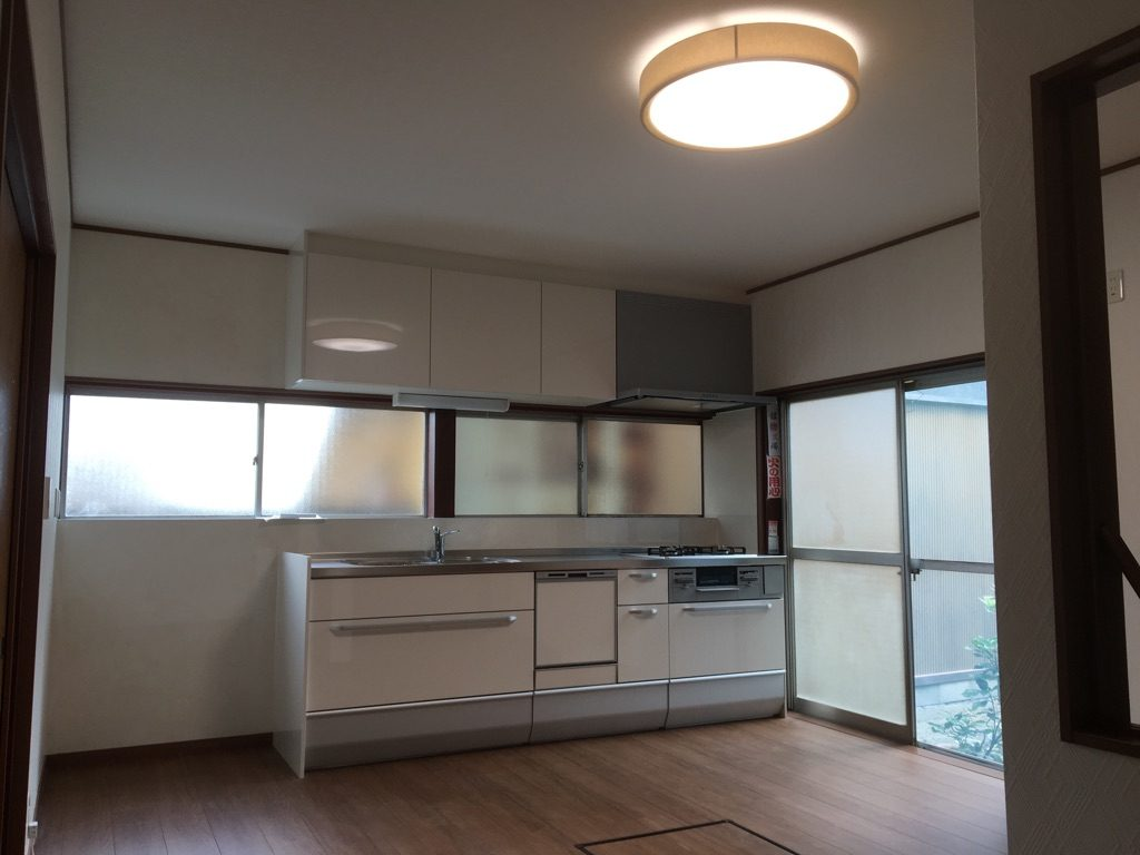 キッチン・2階改修工事【10077】