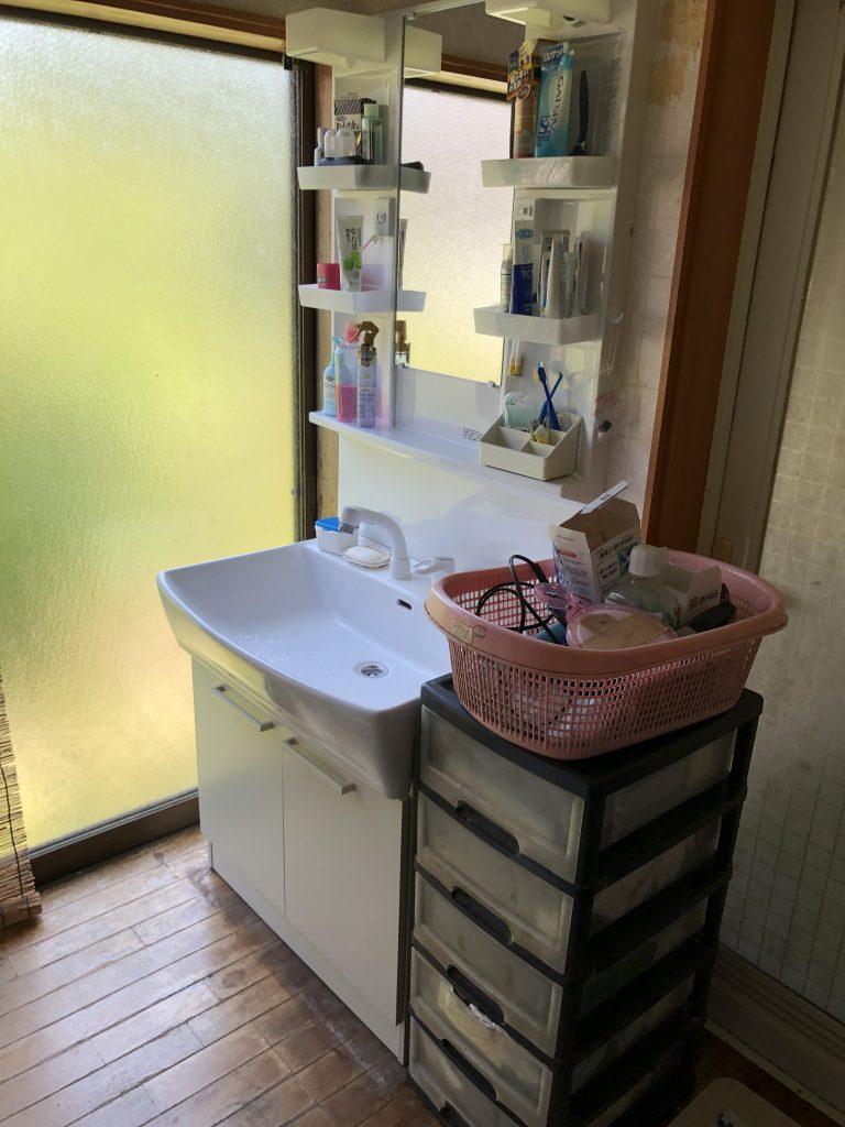 洗面台、レンジフード取替工事【10087】