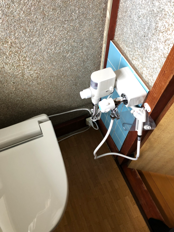 砺波市 簡易水洗トイレ取替【10102】