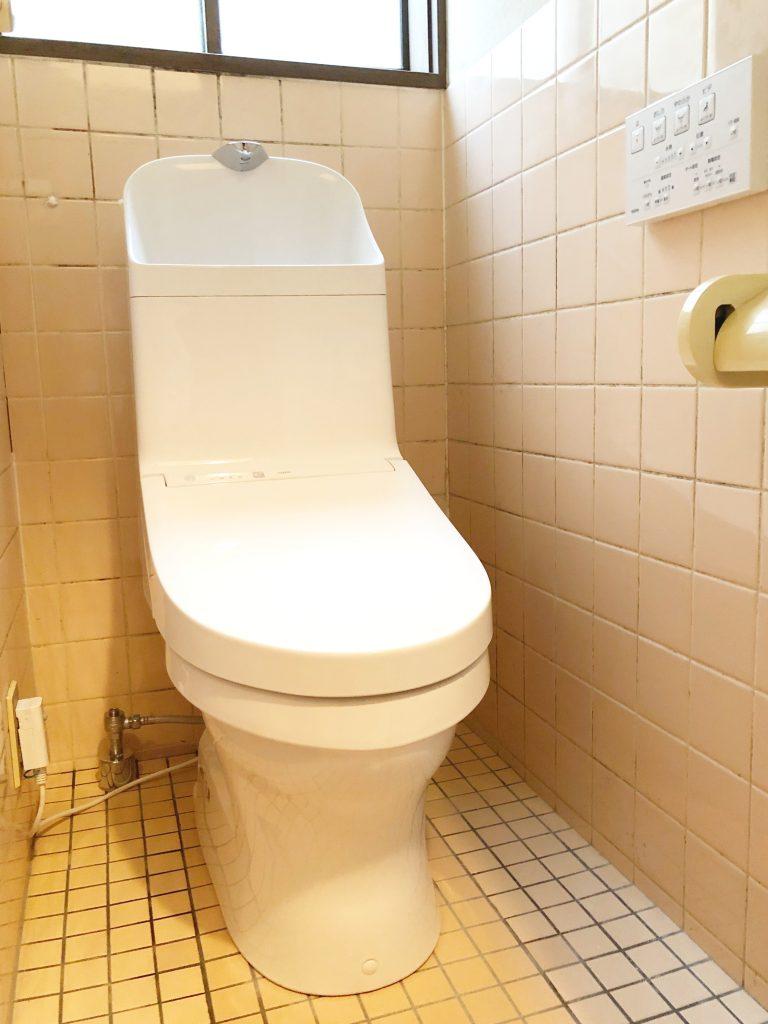 砺波市 トイレ取替工事(和式→洋式)【10118】