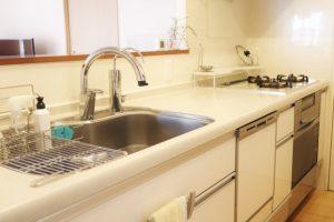 キッチンのワークトップ素材どれを選ぶ?